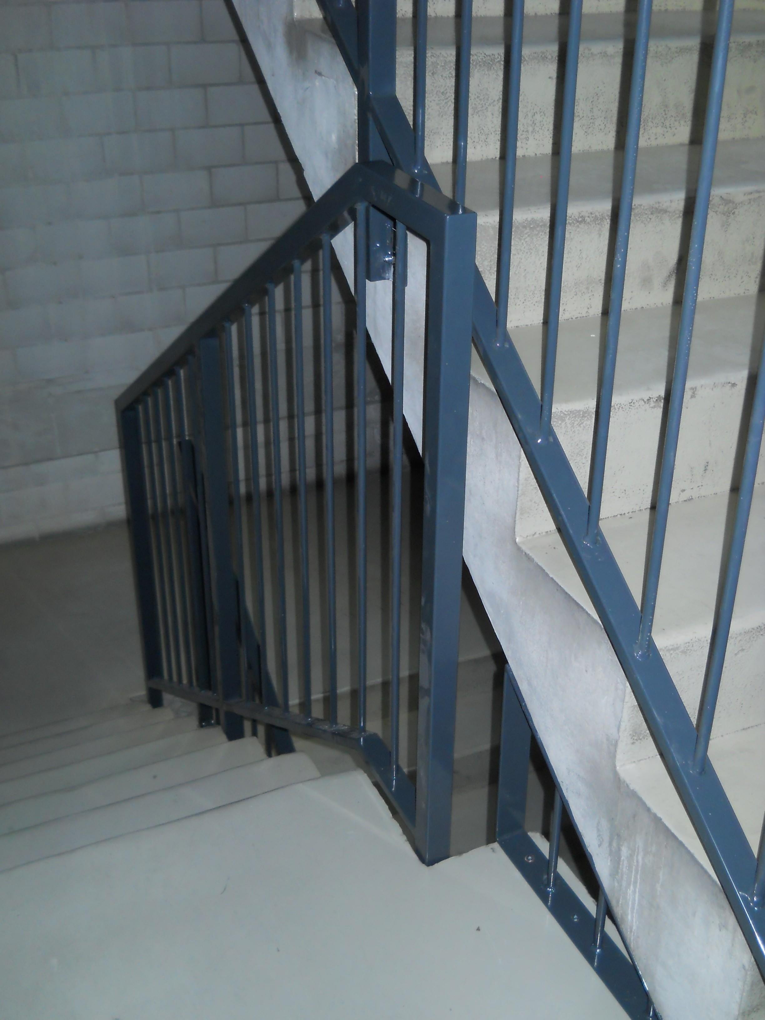 j cl perrenoud barri re d escalier. Black Bedroom Furniture Sets. Home Design Ideas