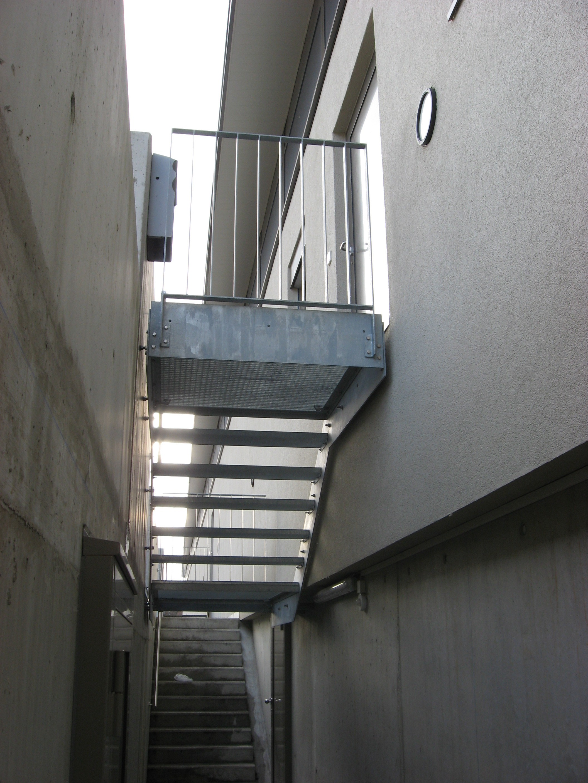 Escalier En Caillebotis Métallique se rapportant à j.-cl. perrenoud » escalier à marches caillebotis