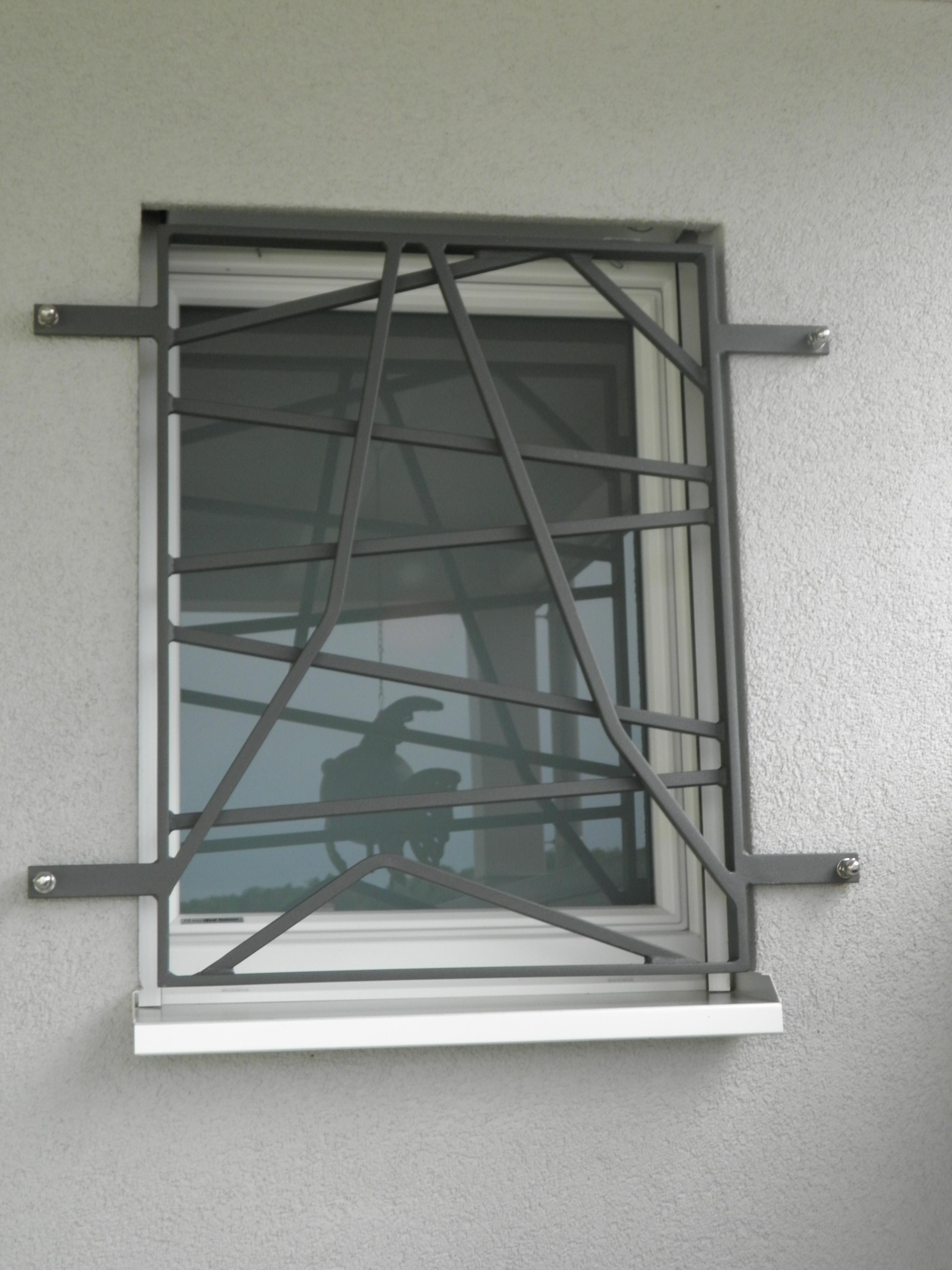 J cl perrenoud grilles de fen tre grilles de d fense for Protection fenetre