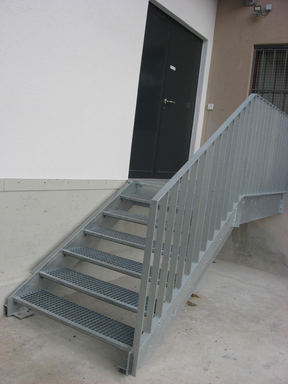 J cl perrenoud escalier avec palier for Escalier avec palier